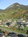 Le village de Praz sur Arly en automne